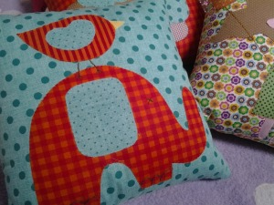 pillow-281386_1280