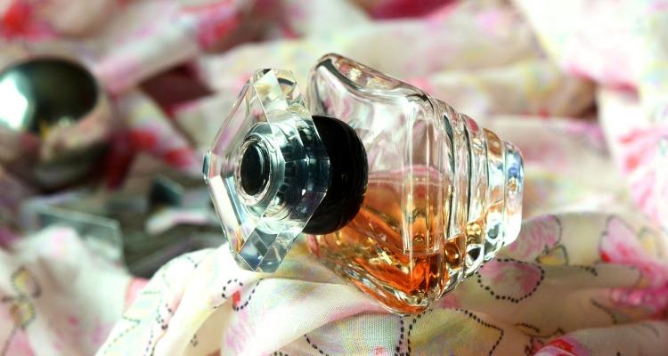 perfume-510698_1280
