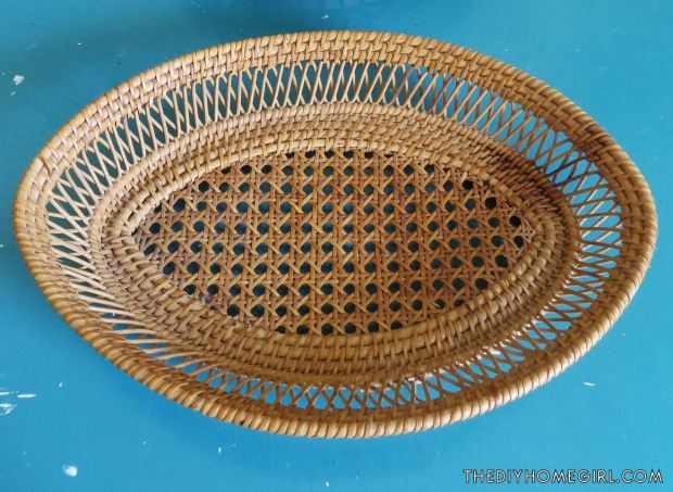 diy-jewelry-organizer-storage-from-wicker-basket