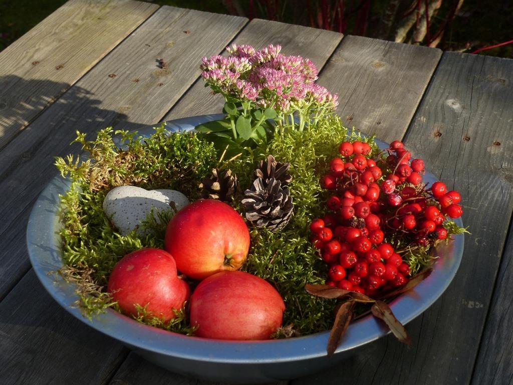 autumn-arrangement-976913_1280