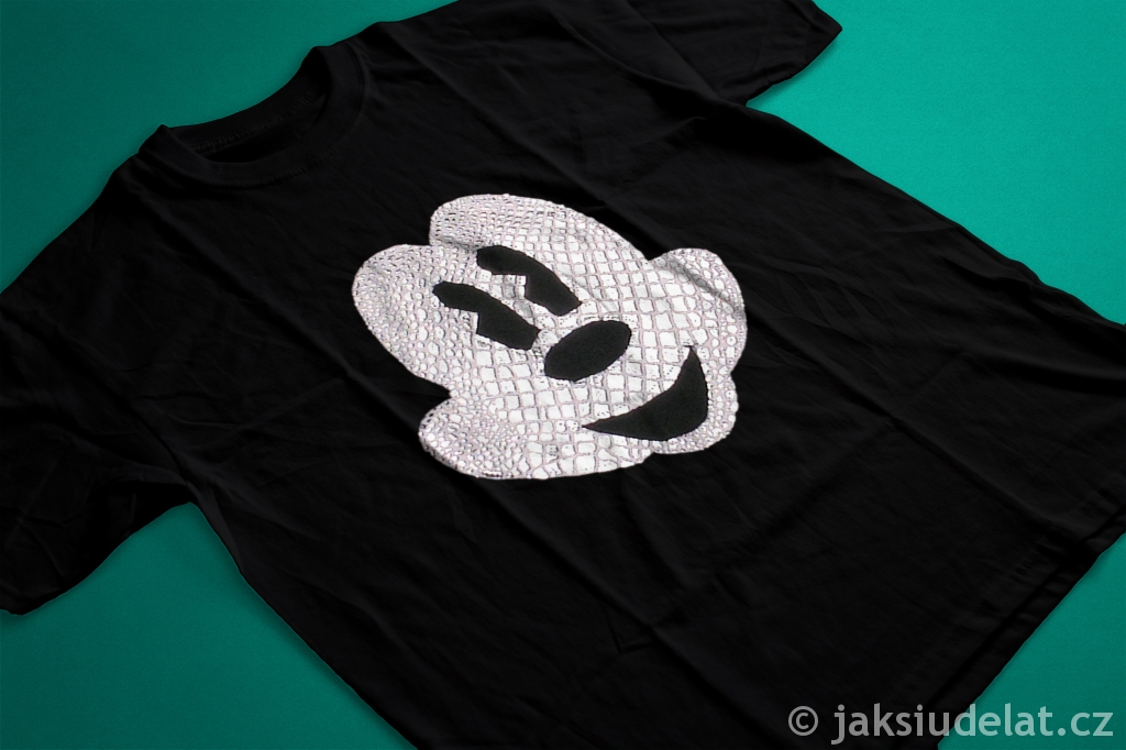 Tshirt mockup 2