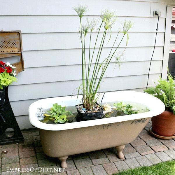 1 DIY-Bathtub-Garden-Pond-1